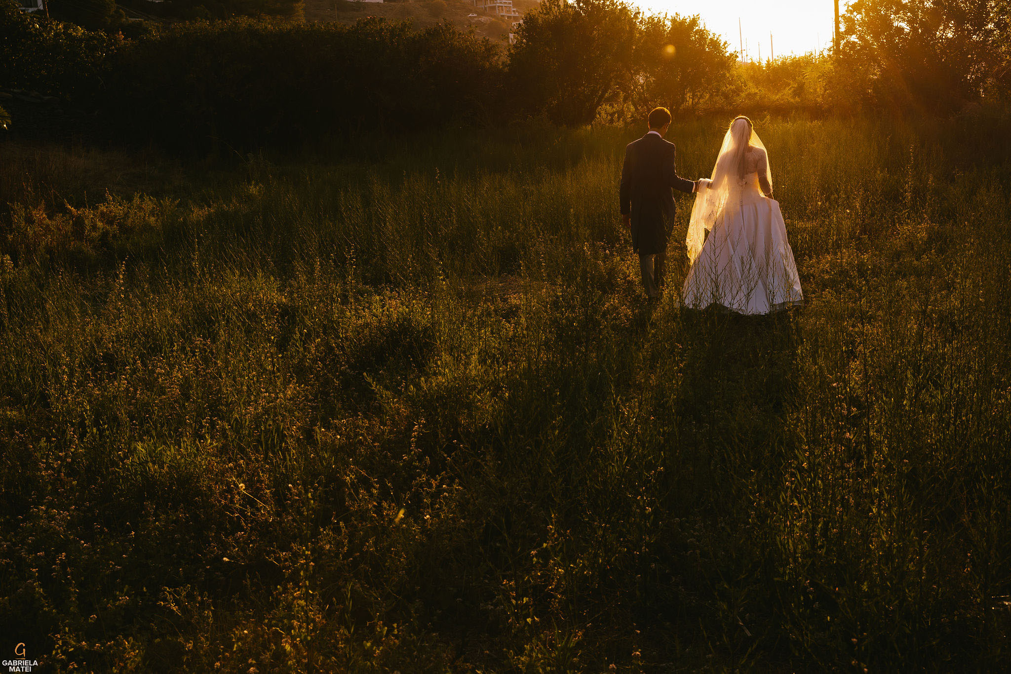 Wedding couple shoot at sunset