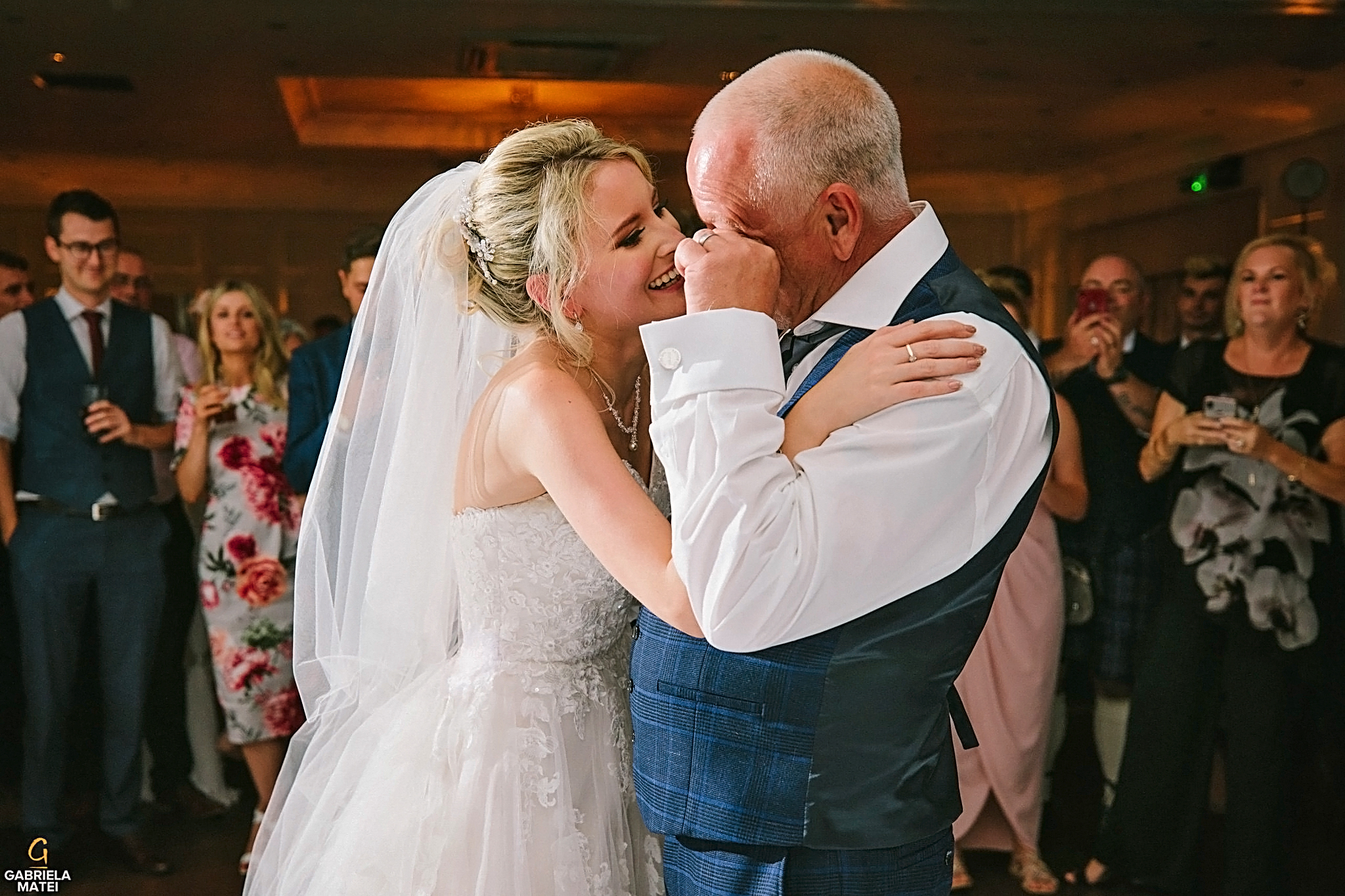 Father go the bride bursts into tears during father-daughter dance at wedding in London
