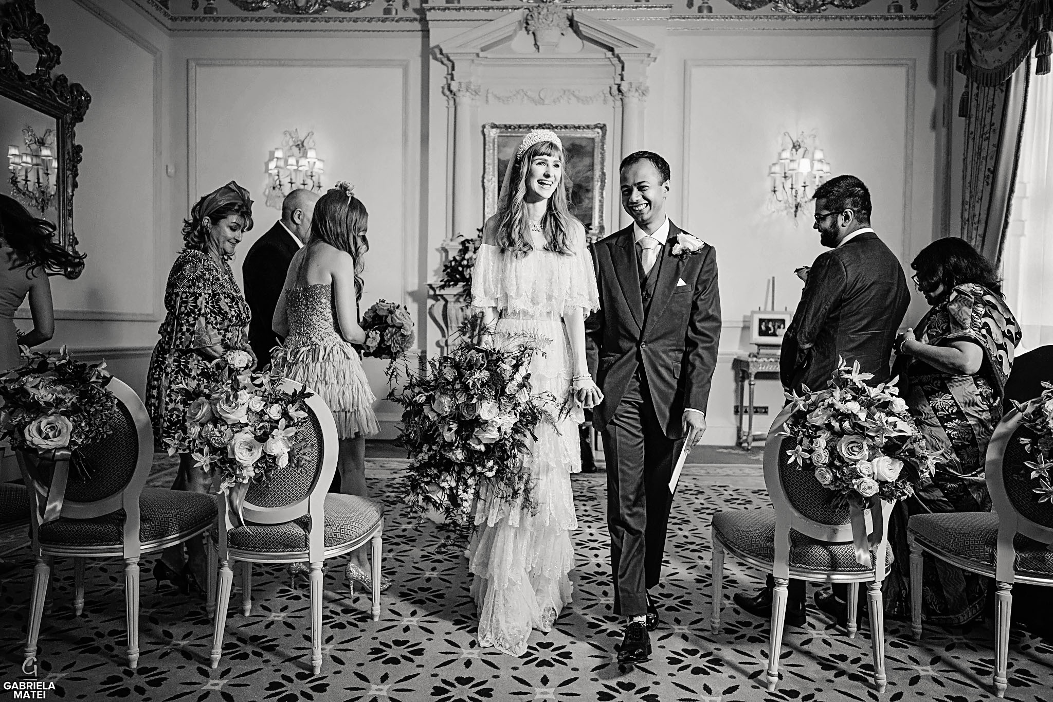 The Ritz Weddings, Elegant wedding couple, elegant wedding dress, classy wedding floral design