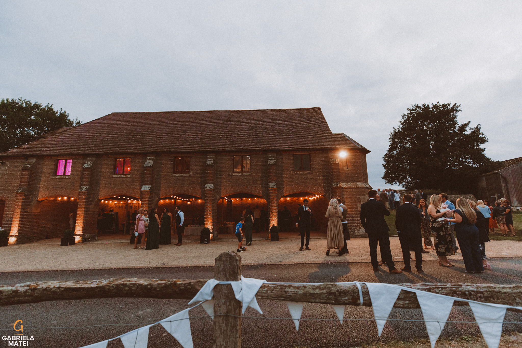 at South Stoke Barn wedding venue in Arundel by gabriela matei sussex photographer